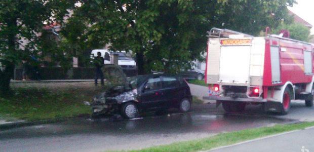 Zapalio se auto u Borči
