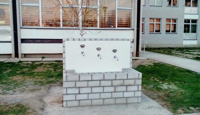 OŠ Jovan Ristić - česma
