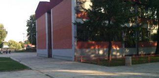 Škola Borča