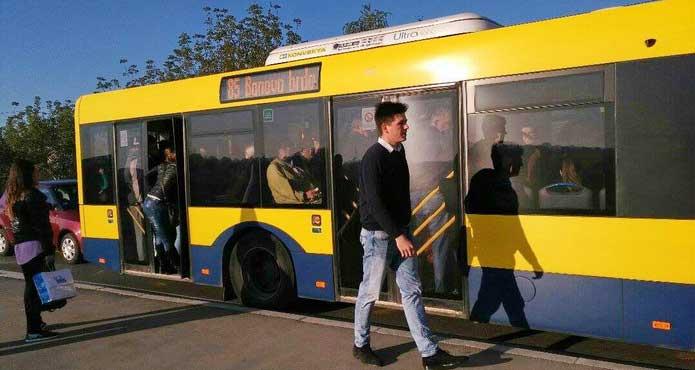 Gužva u autobusu 85