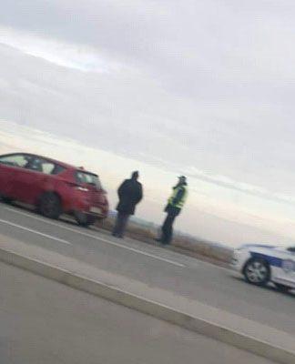 Auto izleteo sa puta