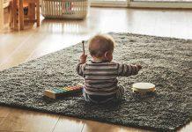 Beba svira koncert